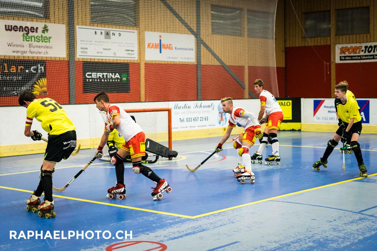 Rollhockeyspiel Wimmis gegen Dornbirn in der Rollhockeyhalle Wimmis