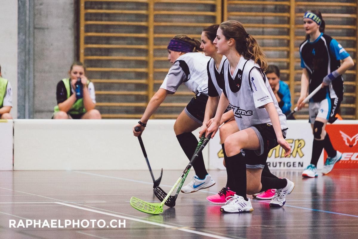Unihockeyspiel vom UHC Meiersmaad gegen UH Zulgtal Eagles in der Sporthalle Widi Frutigen