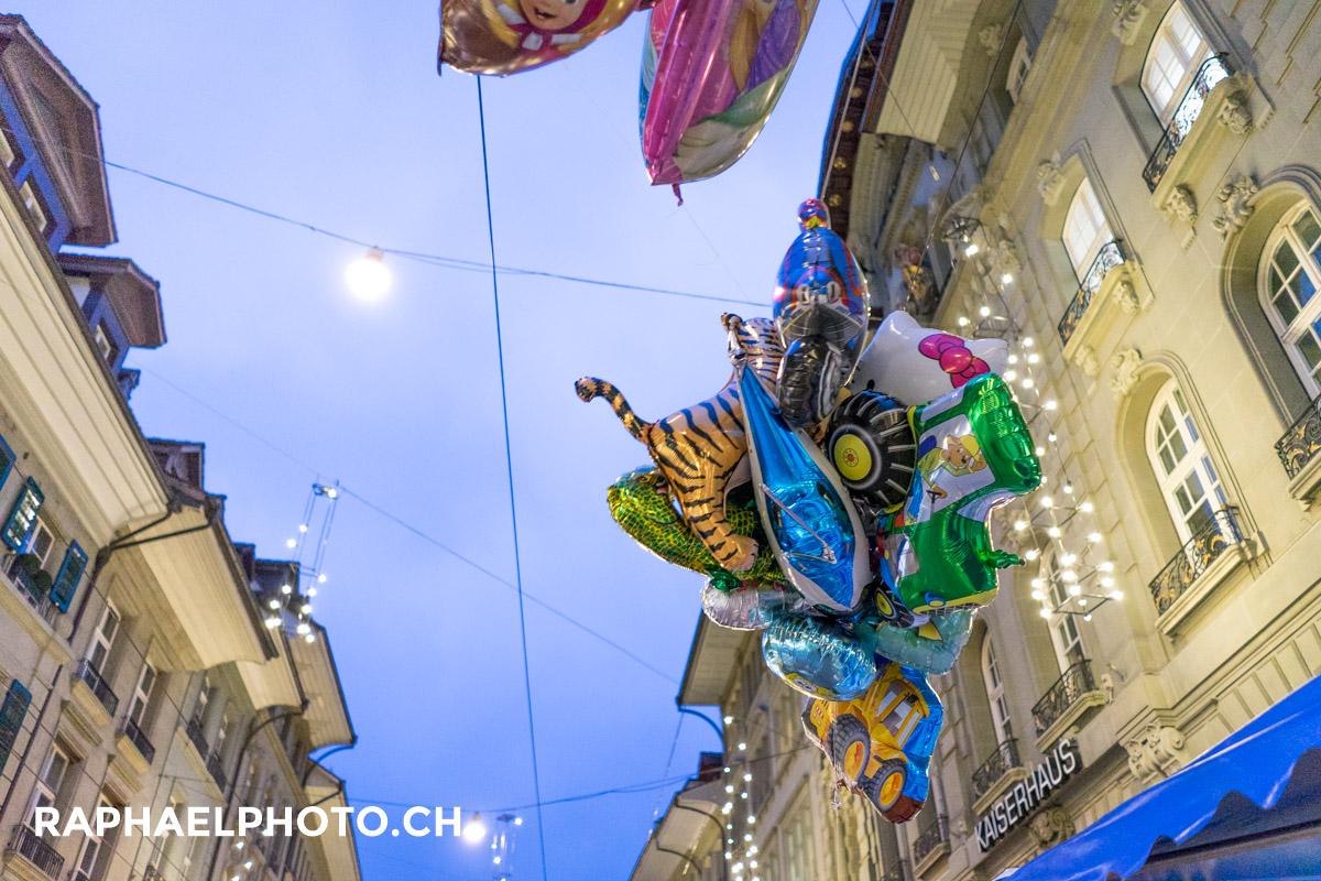 Ballone am Zibelemärit in Bern