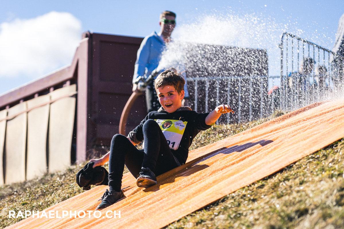 Glitschi (Wasserrutschbahn) vom Survivalrun während dem Kinderlauf