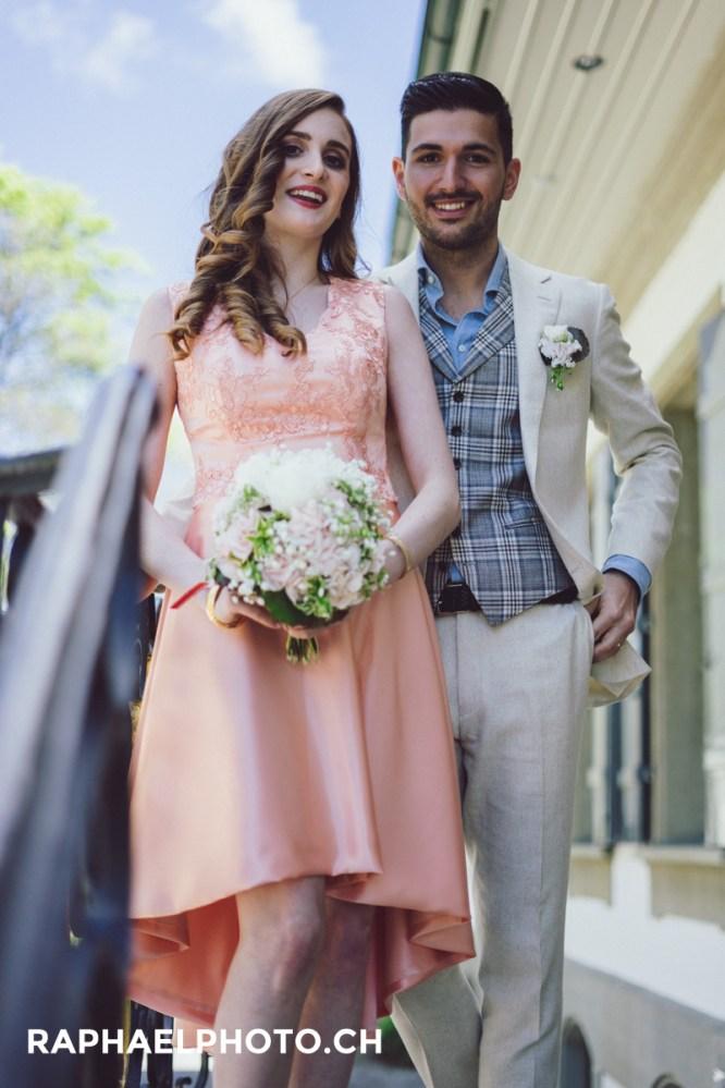 Hochzeitsfotografie Paarfoto beim Schloss Bümpliz