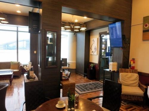 Nassau Graycliff Divans Airport Lounge