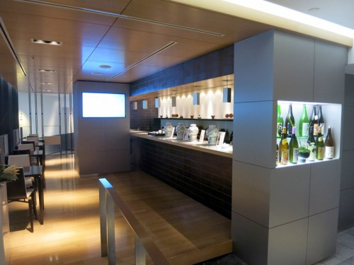 ANA Lounge Narita 03
