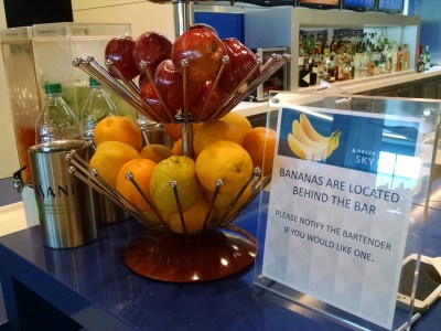 Delta Sky Club bananas
