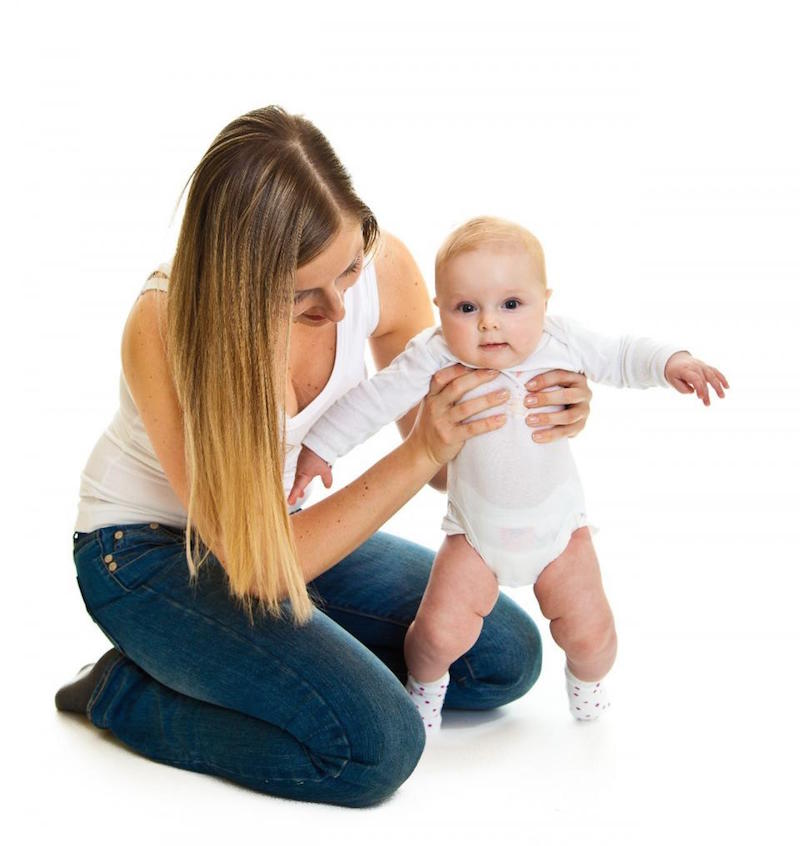 cuando poner al bebé de pie- fisioterapia bebes Mallorca