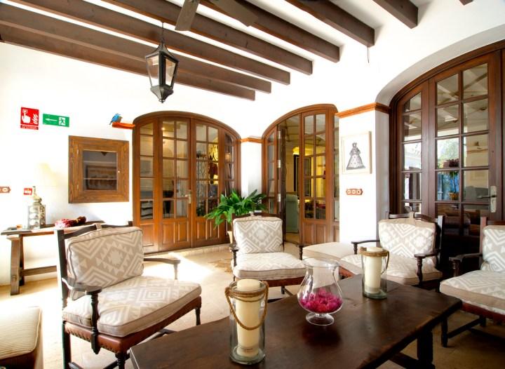 HOTEL LA MALVASIA-EL ROCIO-HUELVA