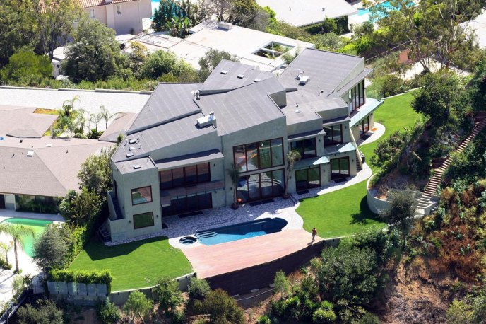Rihannas-Beverly-Hills-Home-1