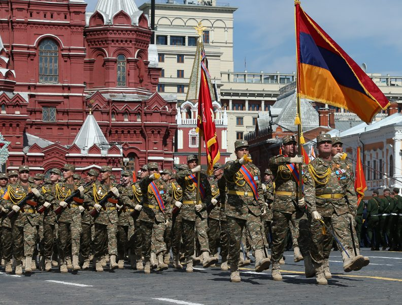 Armenia_in_parade_Russia
