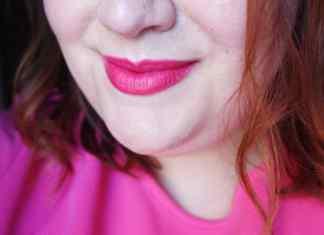 NARS Audacious Lipstick in Greta