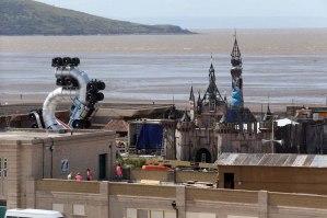 Dismaland-Banksy-sea