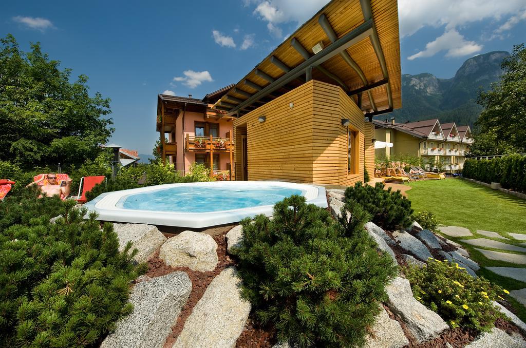 Hotel z Jacuzzi
