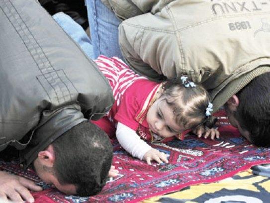 """الشؤون الإسلامية"""" تطالب بعدم اصطحاب الأطفال إلى المساجد - صحيفة ..."""