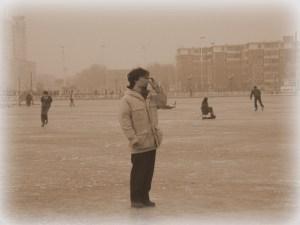 天津のスケート場にて
