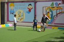 أنشطة رياضية بين الآباء والأبناء بفرع معين إنجليزي (4)