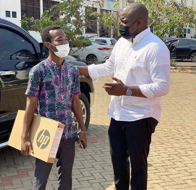 JOHN DUMELO DONATES A LAPTOP TO BRILLIANT BUT NEEDY STUDENT.
