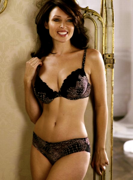 dannii_minogue_lingerie_5_big
