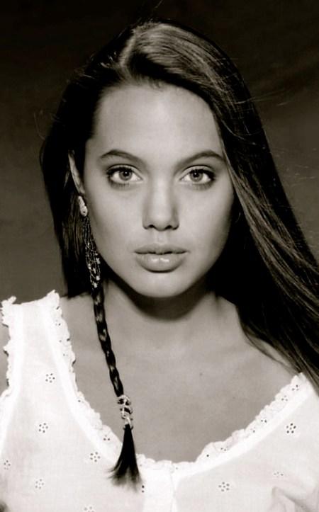 Young_Angelina_Jolie_005