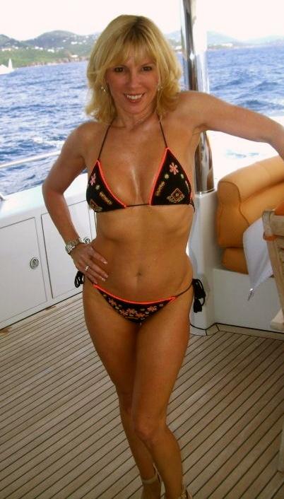 Ramona_Singer_bikini_Real_Housewives_New_York