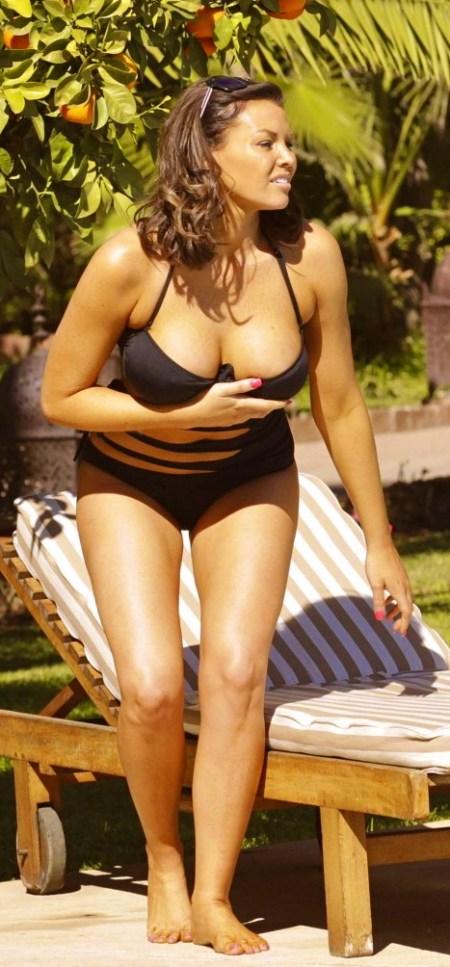 Jessica-Wright-Bikini-Photos--2014-in-Marrakech--05-720x1034