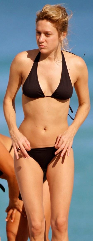 chloe_sevigny_bikini_1_spl70524_001