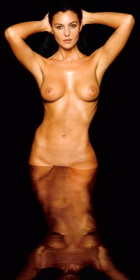 monica-bellucci-nude-wallpaper