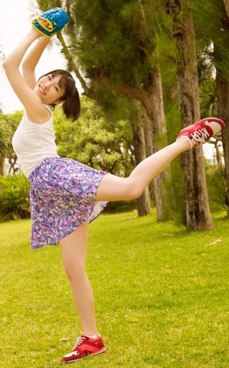 28402_konno-anna_young+sunday+web