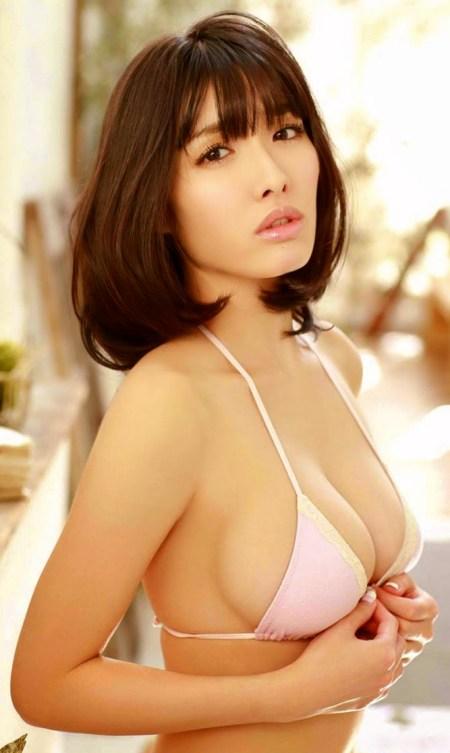 gai-xinh-nhat-ban-anna-konno-goi-cam-voi-noi-y-hong-e3bc02