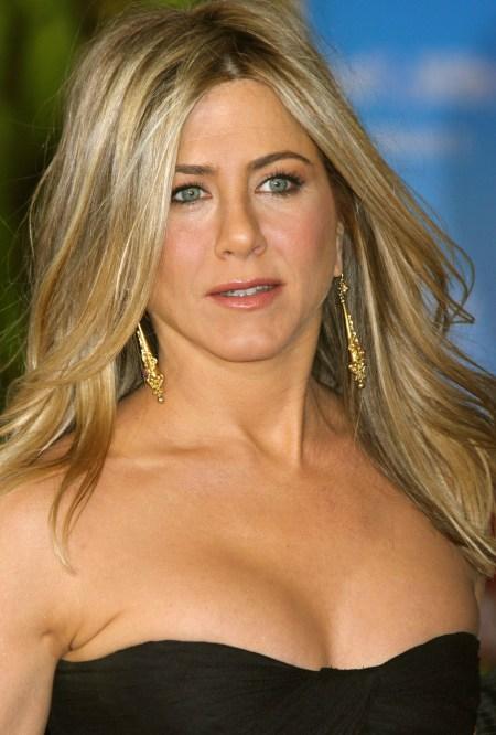 Jennifer-Aniston-2