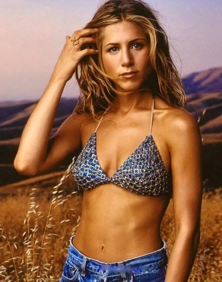jennifer-aniston-in-bikini-wallpaper-bikini-1726241020