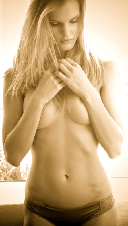Joy-Corrigan-Nude-Pictures-Cell-Phone-Leaked-www.ohfree.net-033