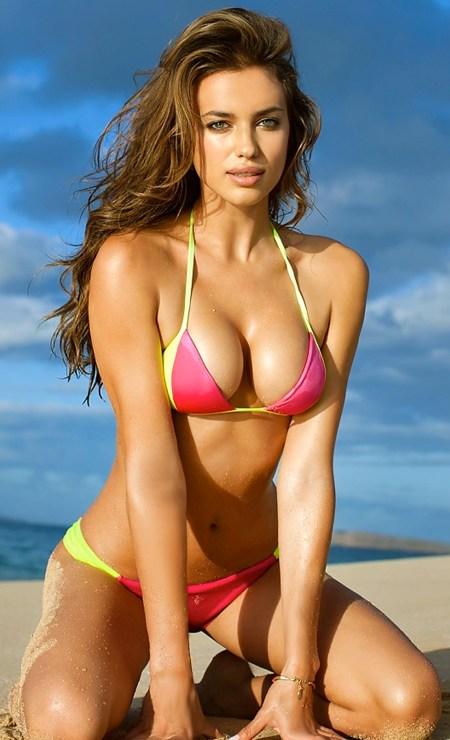 irina-shayk-watkykjy-warm-bokkie-bikini-1125375964