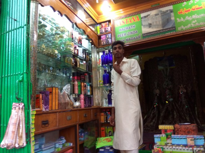 Do not miss the little shops selling all kinds of perfumes, attars and henna cones.