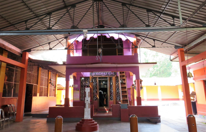 Exteriors of the Nandakeshwara temple in Mekkikattu
