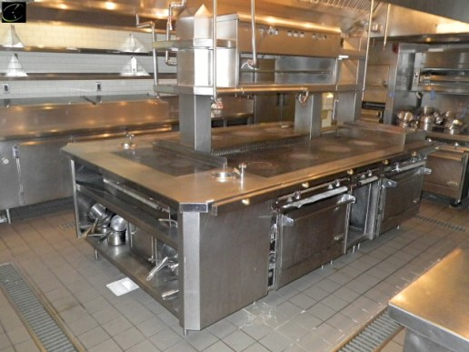 HOT COOK STATION 78W X 116D X 38H, STAINLESS STEEL, RIGHT AND LEFT SIDE 4 BURNER STOVE TOP, 2 BURNER RANGE STOVE TOP, RIGHT SIDE GRILL TOP, (2) FULL SIZE CONVECTION OVENS MANUFACTURED BY JADE MODEL JTRH-2-1FHT-36, ALSO INCLUDES (2) HOT WATER DISPENSER 6 ROUND X 6D WELL, 2 BURNER FLAT TOP, 2 SHELF STORAGE, ALSO INCLUDES OVERHEAD SALAMANDER MANUFACTURED BY JADE WITH RIGHT AND LEFT SIDE CLEAN POT STORAGE, SALAMANDER IS MISSING KNOBS,
