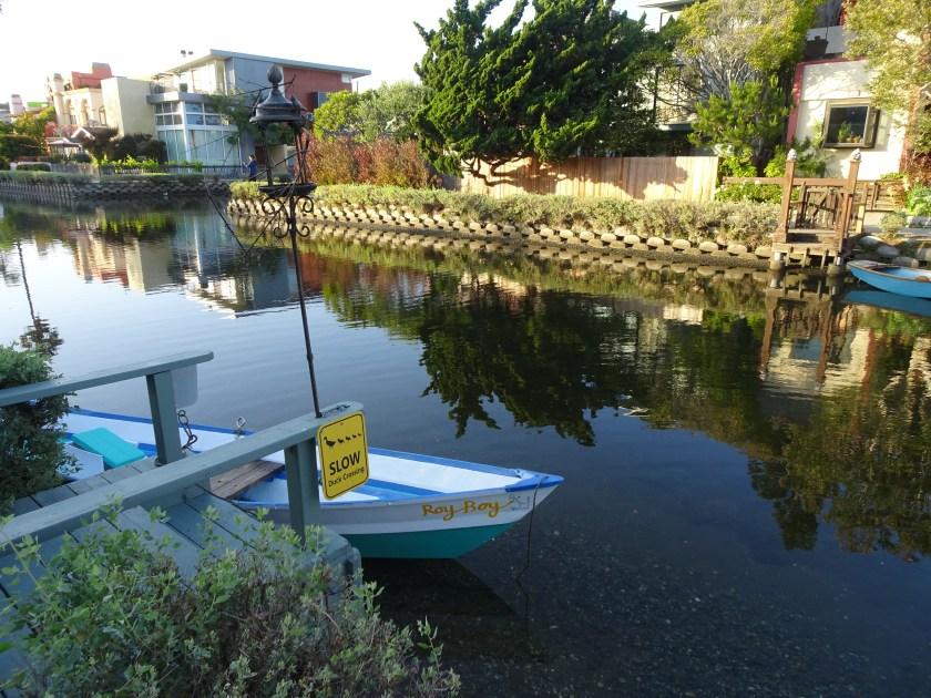 california venice usa canales casas puentes (17)