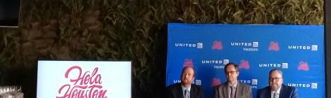 "United Airlines y Hola Houston, presentaron el paquete ""United Vacations al Space Center Houston"""