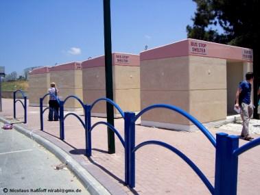 Bunker = Bushaltestellen in Sderot nahe Gaza
