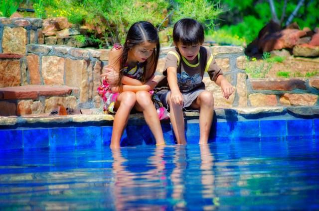 kids-and-pool