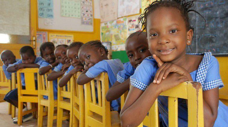 Gambia-school