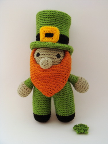 Leprechaun and 4 Leaf Clover