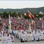 (VIDEO) Drugi dan Mladifesta u Međugorju: okupilo se više od 50 000 ljudi!