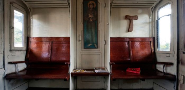 web3-father-damiano-train-franciscan-friars-mario-laporta-kontro-lab-04-1024x683