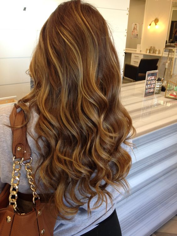 The most fashionable types of dyeing for long hair 32