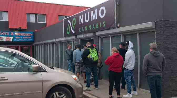 "<span class=""entry-title-primary"">Cannabis shops quickly sold out of products</span> <span class=""entry-subtitle"">Demand for legalized marijuana had stores open till midnight</span>"