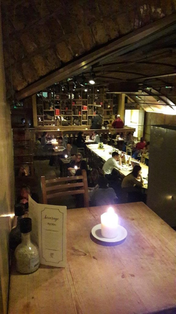 Le Pain Quotidien Interior