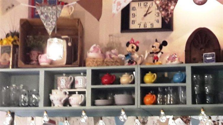 Jeanette's Cakery Interior