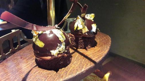 Sosharu Chocolate Sesame Praline Gateau