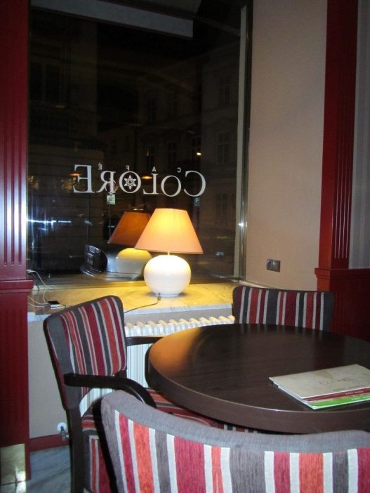 Cafe Colore Interior2