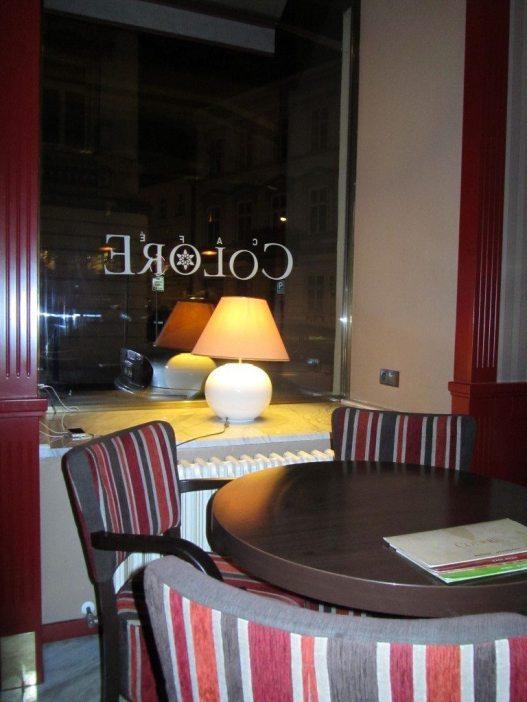 Cafe Colore Interior2
