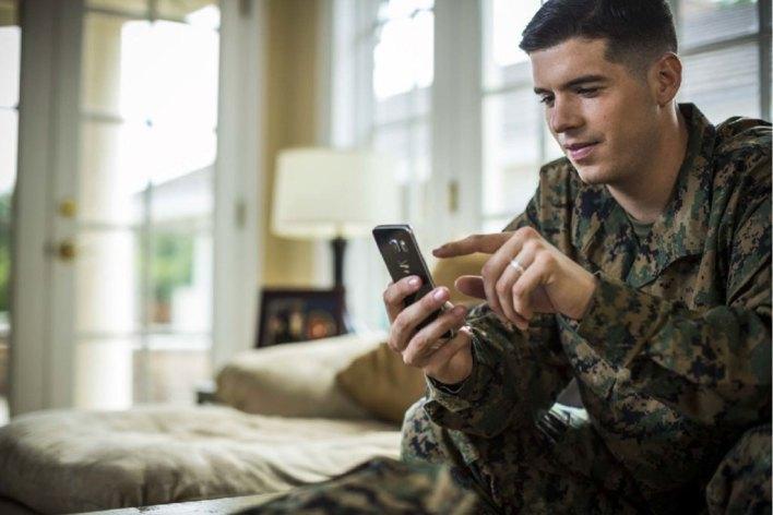 pc-mainBnr-soldier-on-phone.jpg